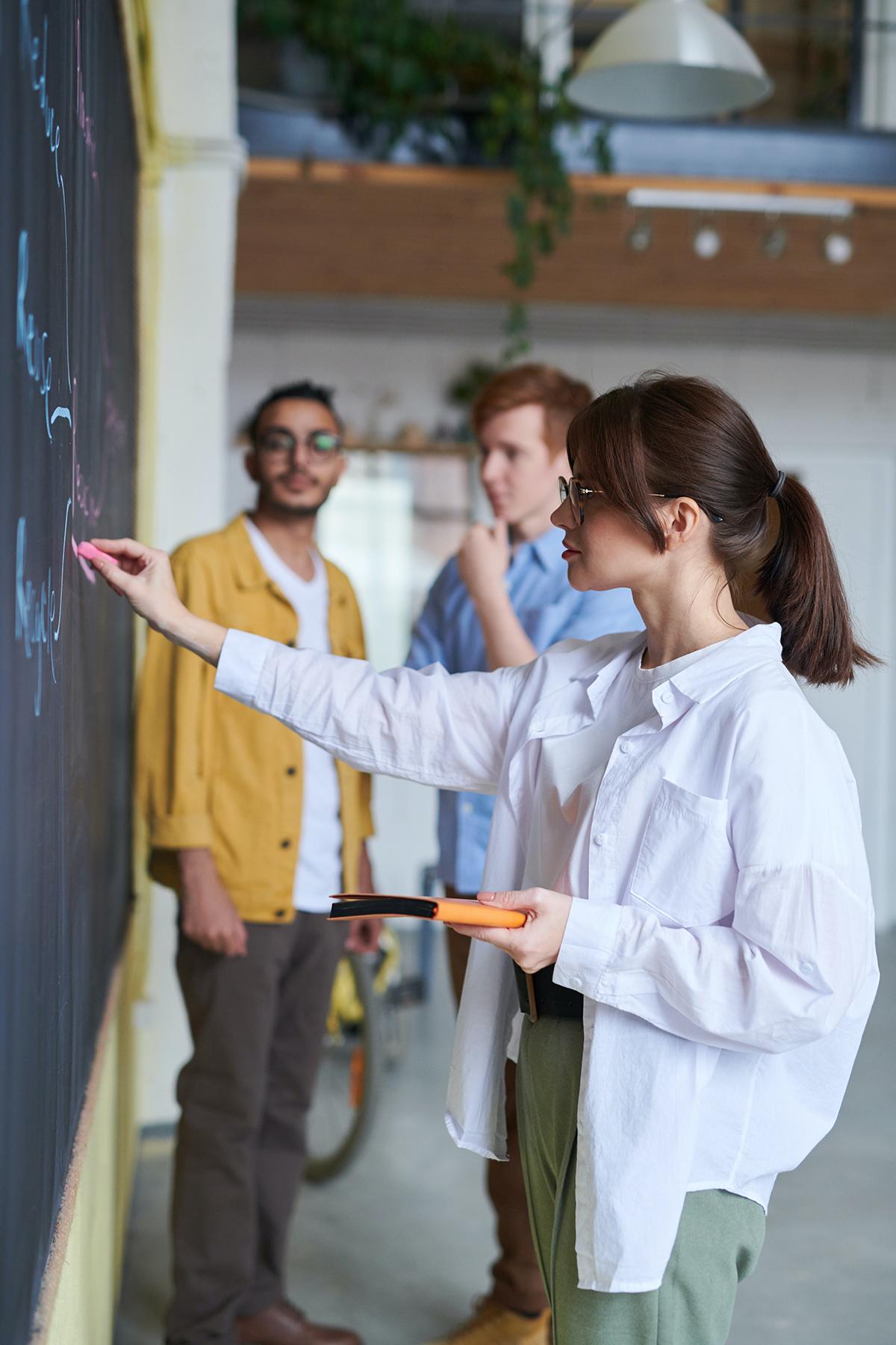 Eloqua Gruppenkurse Deutschlehrerin